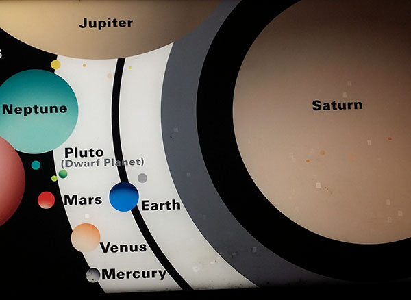 Illustration of planets overlapping one another to demonstrate size.