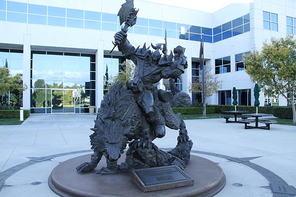 Image of a large fantasy statue in front of Blizzard Entertainment headquarters.